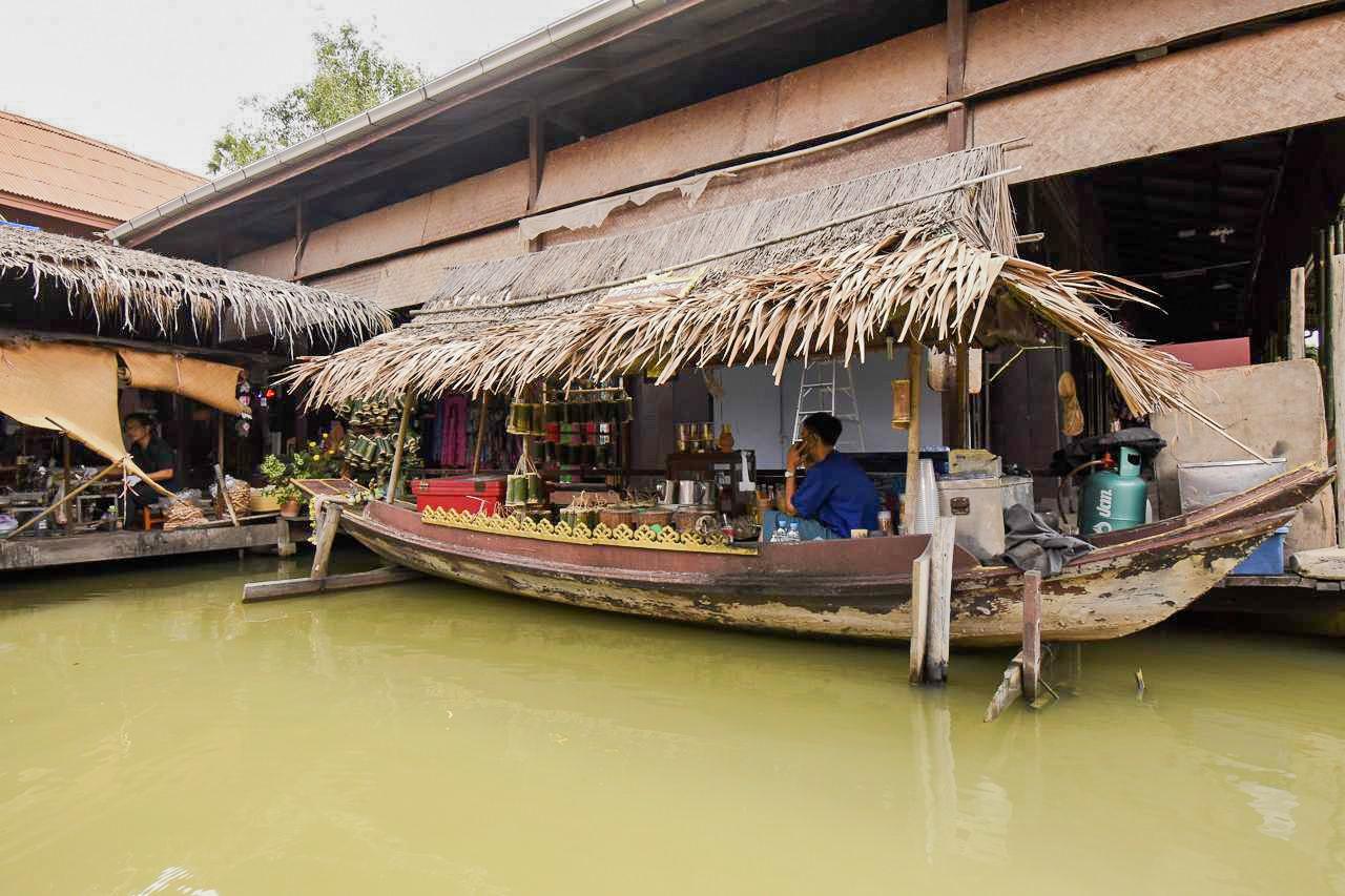 Au marché flottant d'Ayutthaya