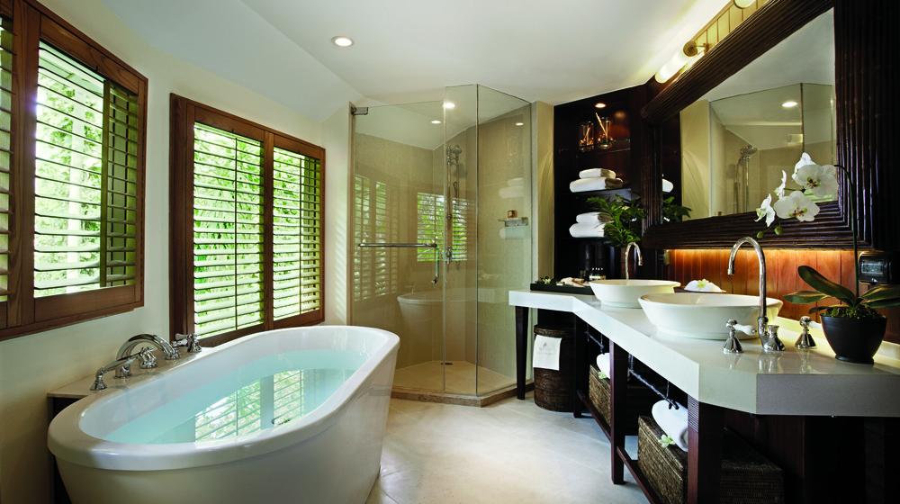 Dans la salle de bain du Rayavadee Resort à Krabi