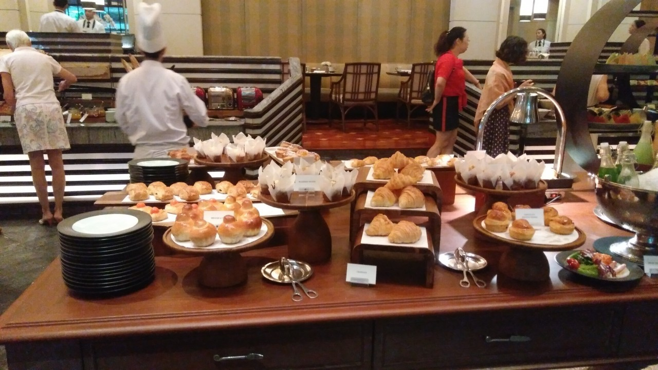 Le petit-déjeuner du Péninsula à Bangkok