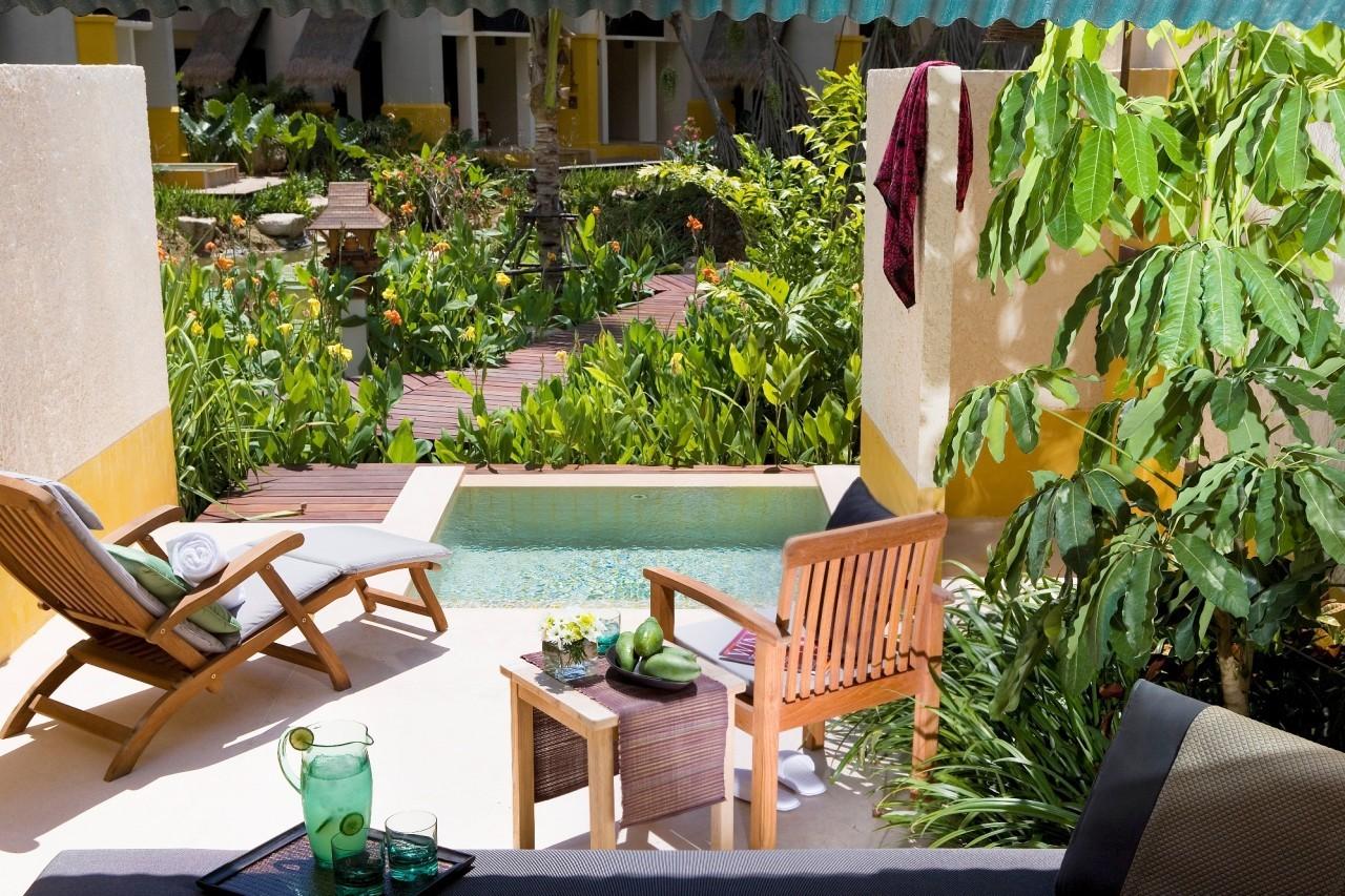 Sur la terrasse du Mövenpick Resort & Spa à Karon Beach à Phuket