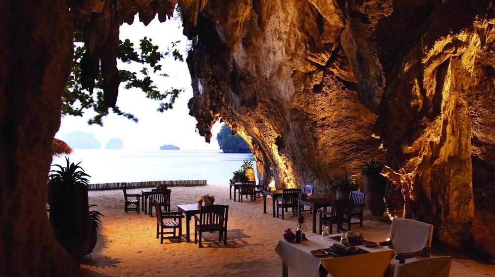 La grotte du Rayavadee Resort à Krabi