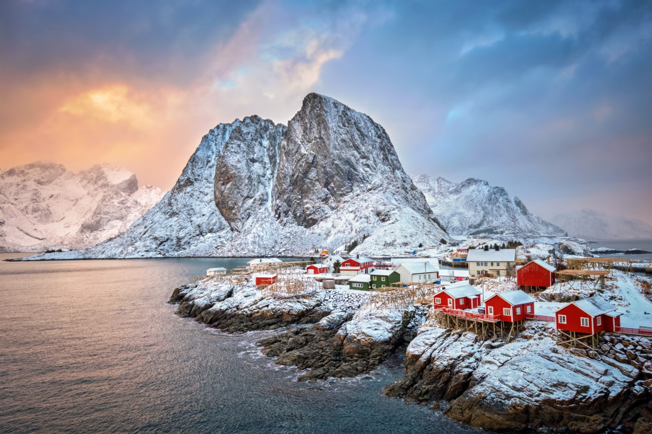Vers les fjords de L'Islande, des villages perdus