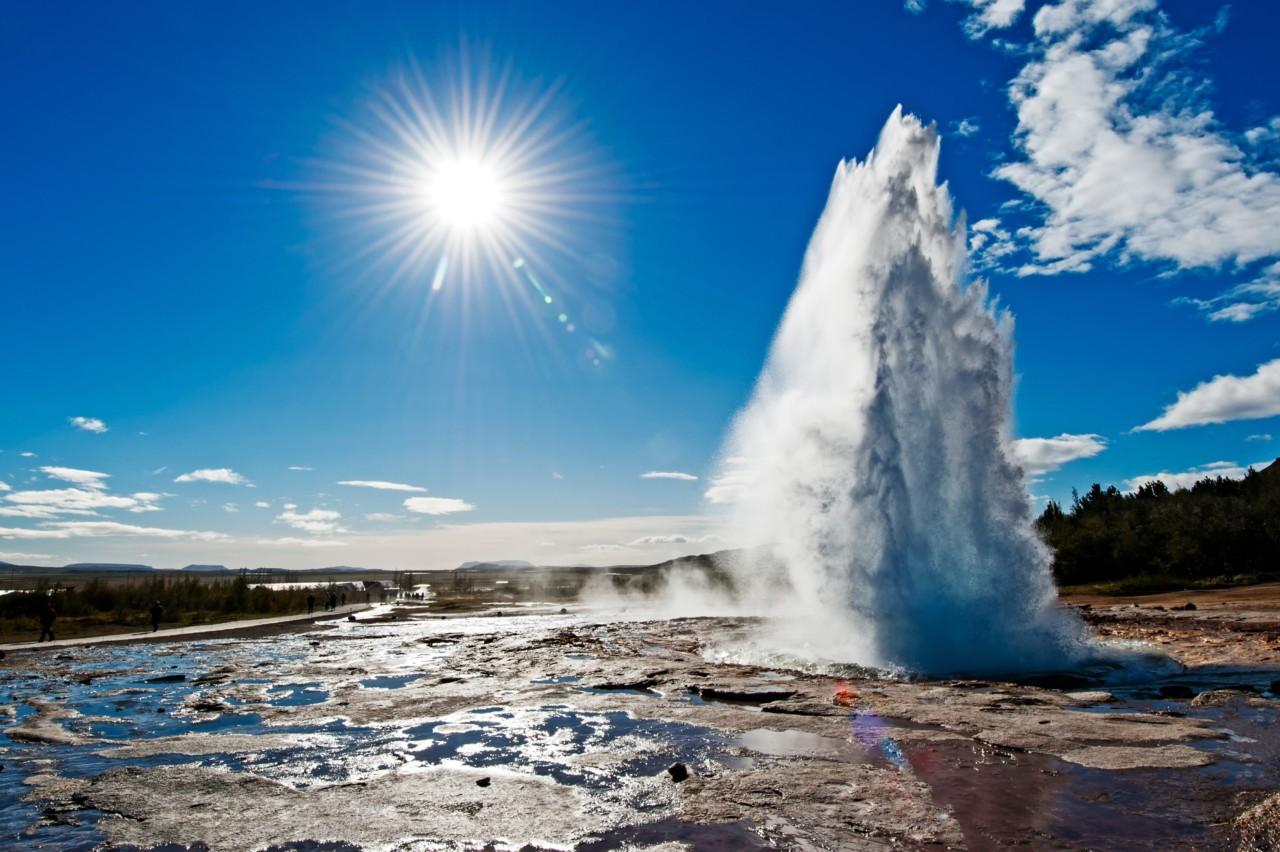 Un geyser à Stokkur en Islande