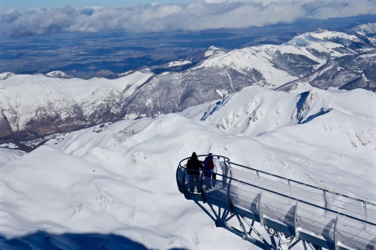 Admirer la vue depuis le Pic du Midi