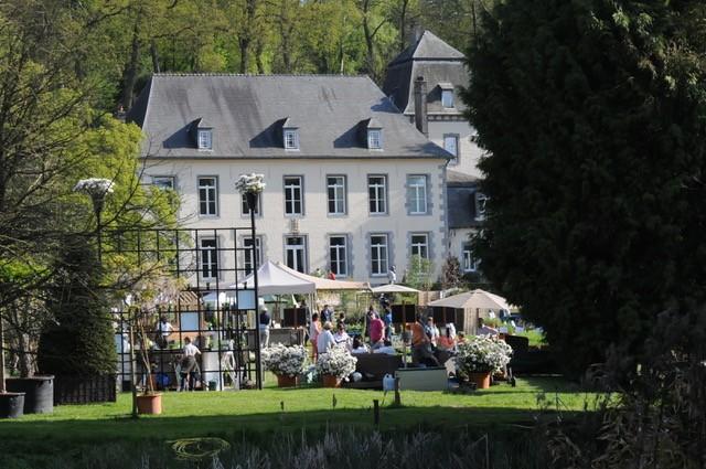 Vie de chateau à la fête des plantes aux jardins d'Aywiers, en Belgique