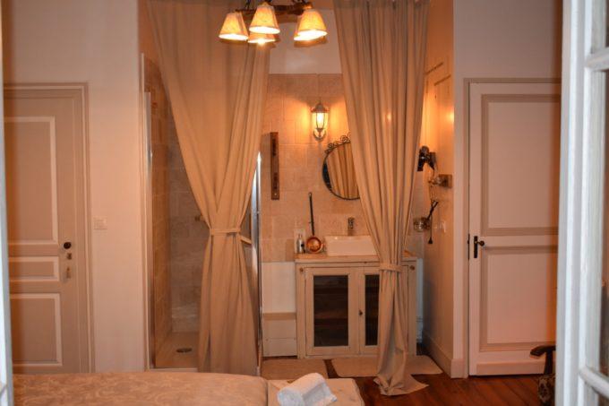 La salle de bain privatives attenante au Baccara Lodge