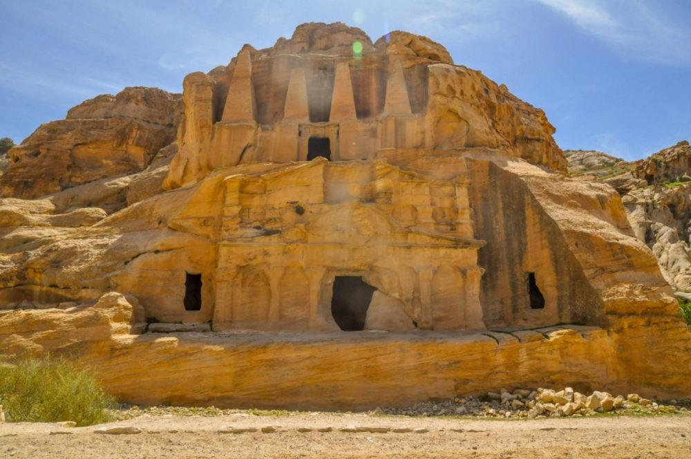 Les monuments historiques, traces du passé de Pétra