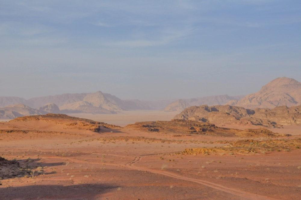 Paysage grandiose dans le Wadi Run en Jordanie