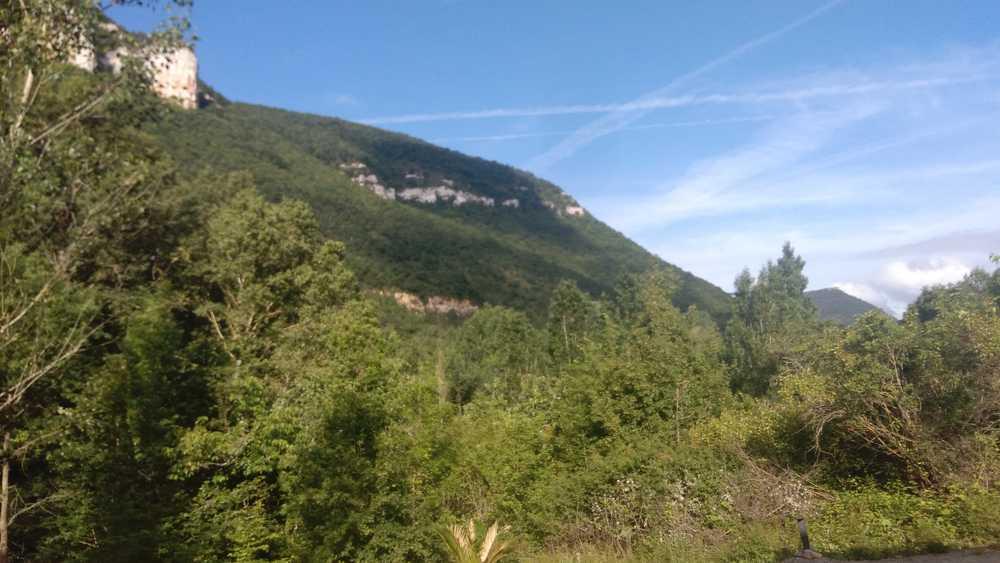 Le paysage du gite d'exception Le Dandelion à Mostuéjouls dans l'Aveyron