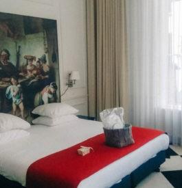 Dans la suite junior à l'hôtel Mercure à Amsterdam