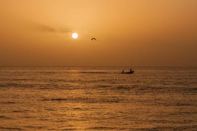 Coucher de soleil sur les plages de Sur