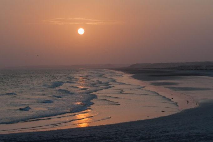 Une des nombreuses plages à Sur