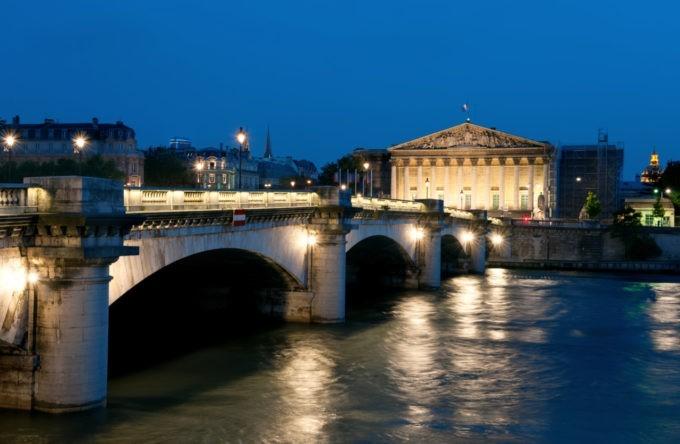 Le Pont de la Concorde de nuit