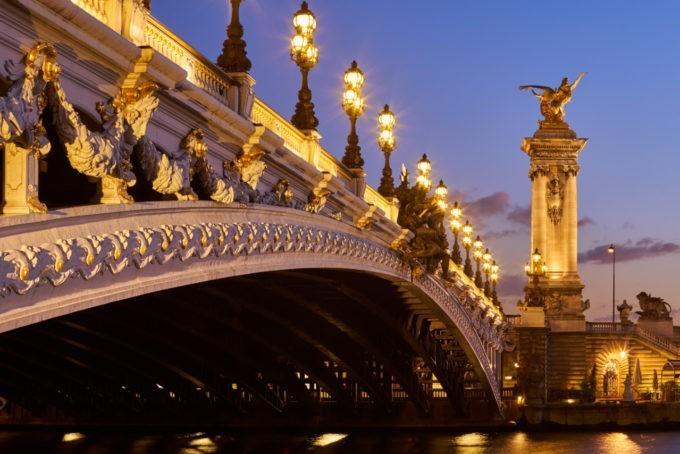 Le Pont Alexandre III dans le 7e arrondissement de Paris
