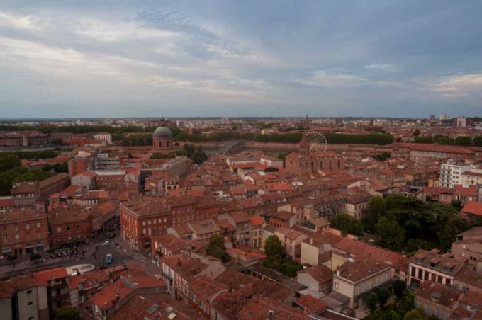 Depuis Parenthèse, une vue imprenable sur les toits de la ville rose
