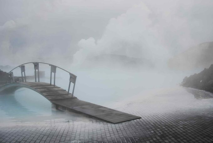 Vapeur chaude au Blue Lagoon en Islande