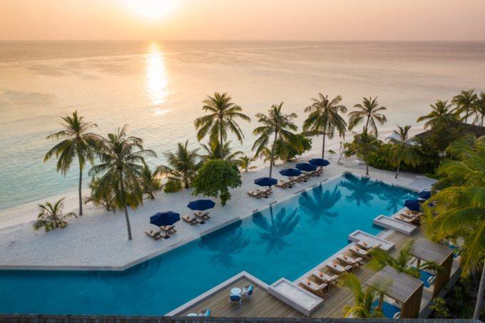 Profiter d'un coucher de soleil sublime aux Maldives