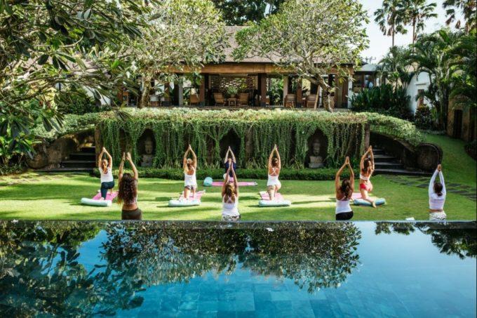 Pratiquer le yoga tôt le matin