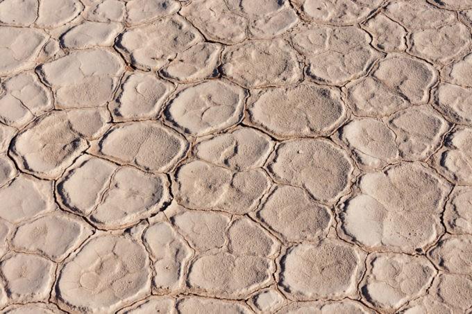 Désert aride en Namibie