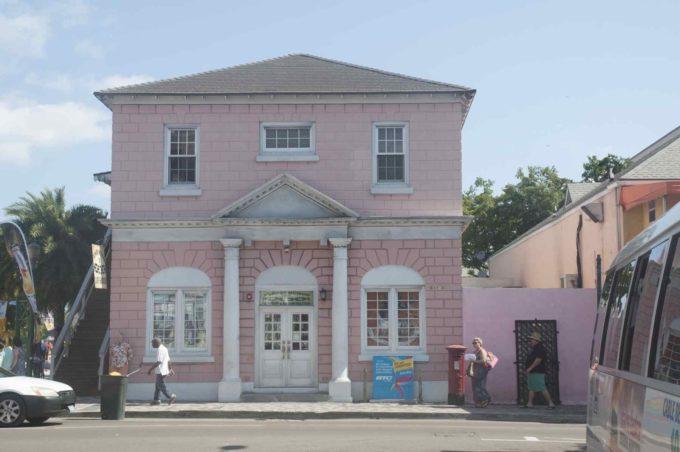 Une maison rose à Nassau