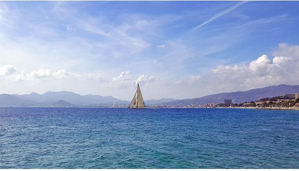 La beauté des côtes de Cannes