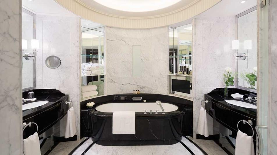 Salle de bain Péninsula Paris