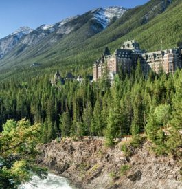 HÔTEL-FAIRMONT-BANFF-HOT-SPRINGS-CANADA