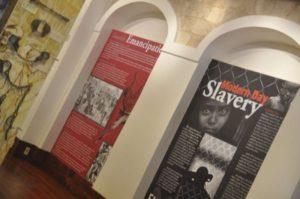 Dans le musee des esclaves
