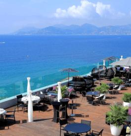 Radisson Blu 1835 Hotel Cannes : Une nuit de rêve