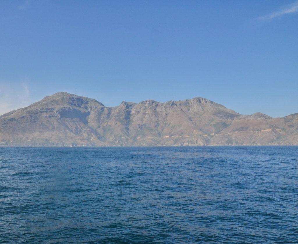 Sur le chemin du retour, on découvre alors les falaises immenses de Hoot Beach