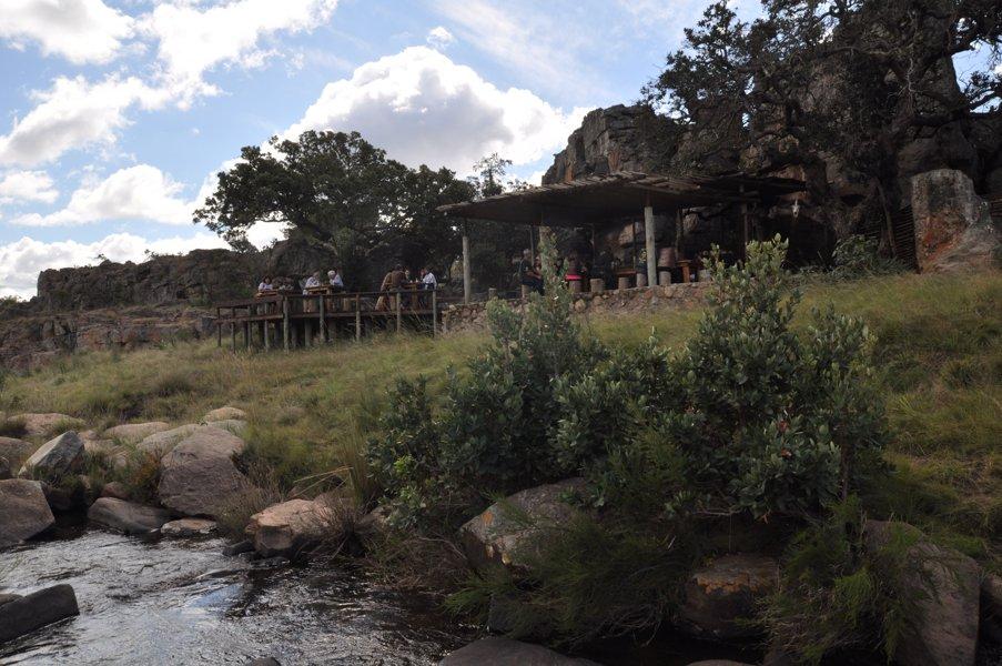 Un restaurant à l'impact écologique nul !en pleine nature