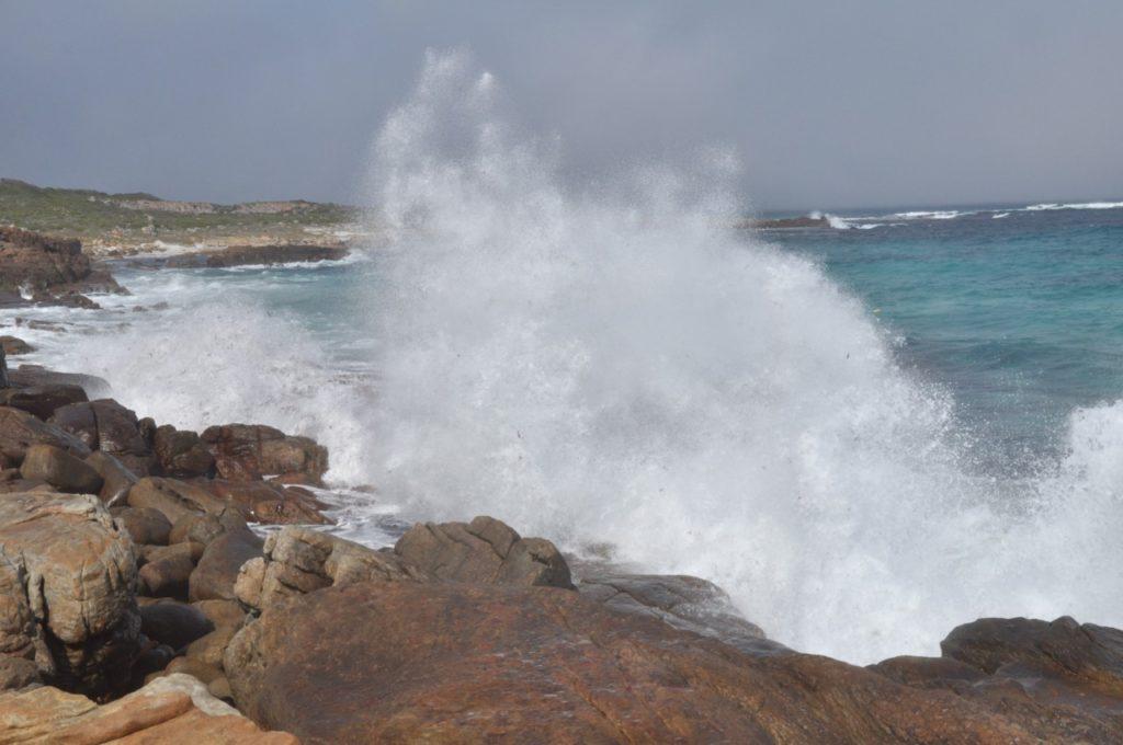 L'océan y est souvent déchainé
