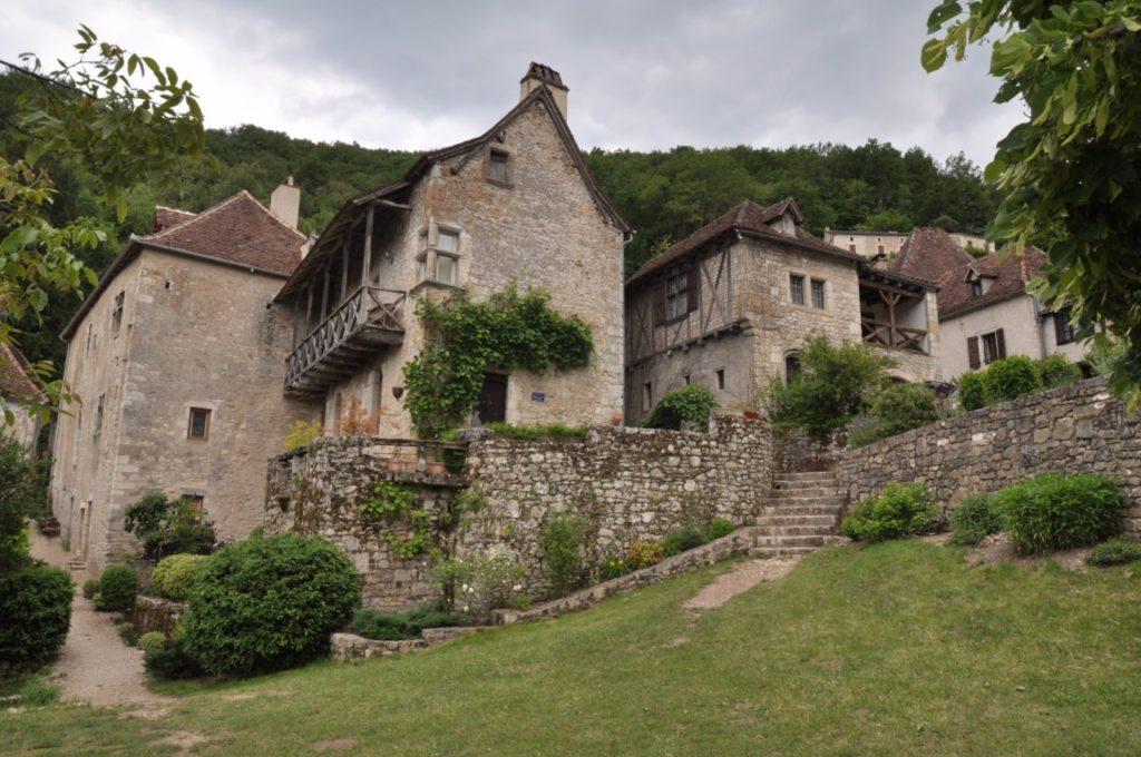 Les somptueuses maisons du village