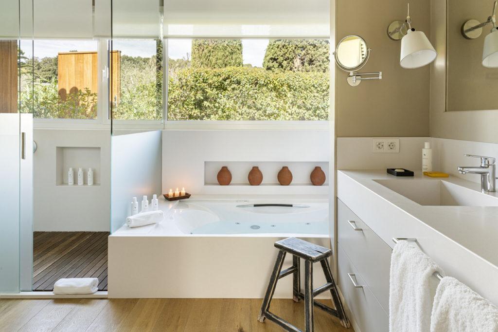 Une baignoire pour un instant cocooning