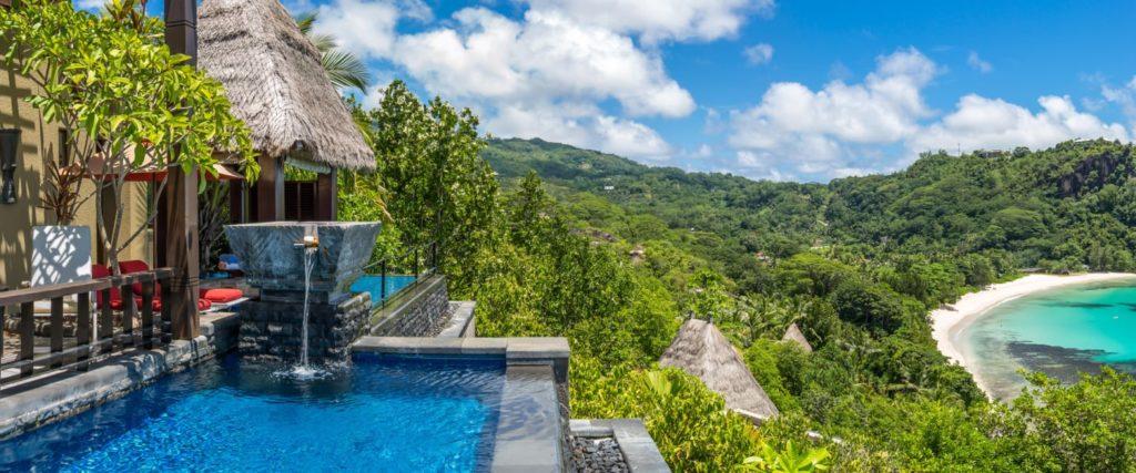 Piscine privée Maia Luxury Resort & Spa aux Seychelles