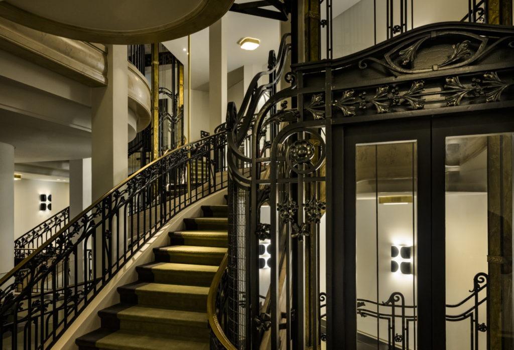 L'escalier du Kimpton hôtel Saint Honoré