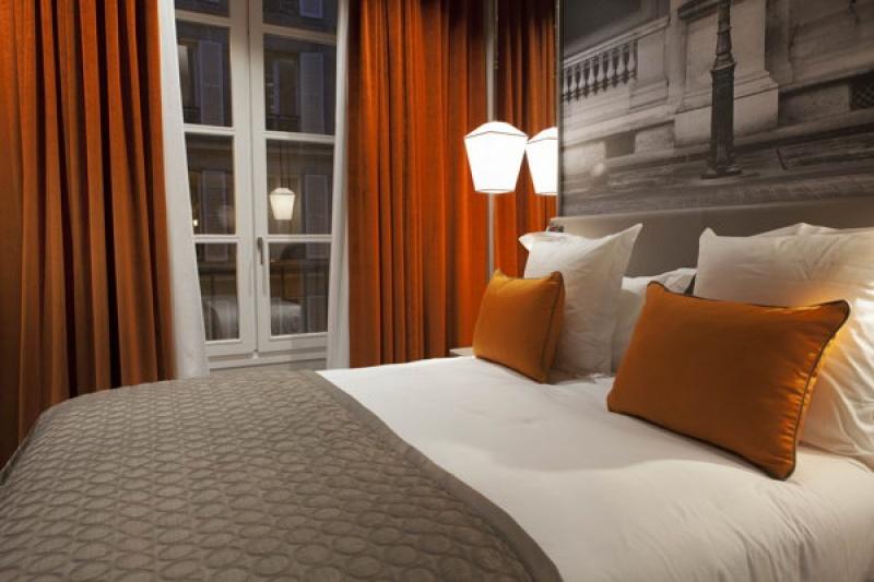 Suite de luxe orange - Lanterne à Paris