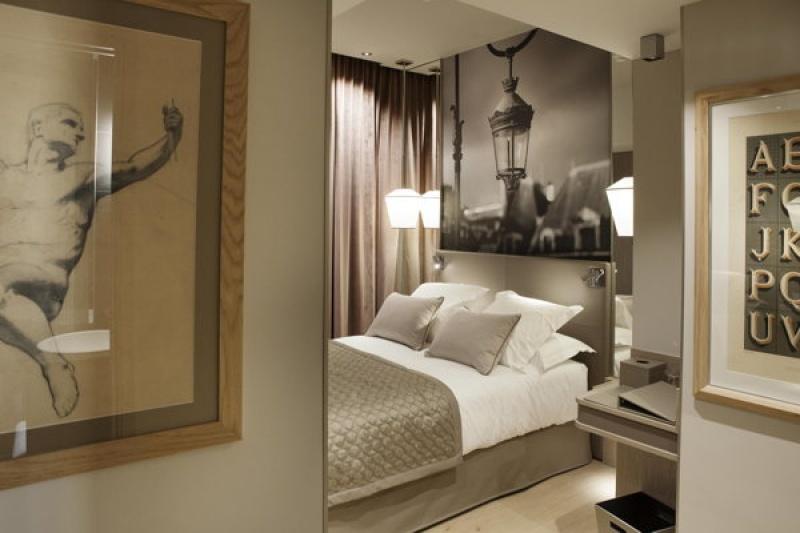 Suite de luxe grise - Lanterne à Paris