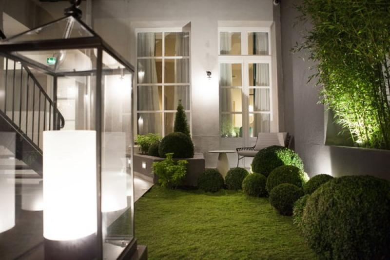 Le jardin de la Lanterne à Paris