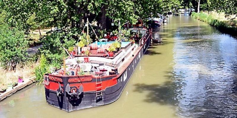 Hébergement insolite : Une péniche sur le Canal du Midi