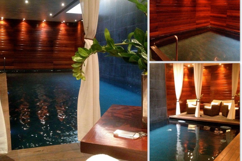 A la piscine de l'hôtel Renaissance à Paris