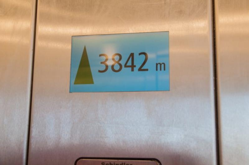 On est quand même à 3842 m d'altitude au Mont Blanc
