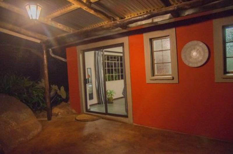 Voyage en Afrique du Sud -terasse lodge - Lidwala Backpaker Lodge à Ezulwini