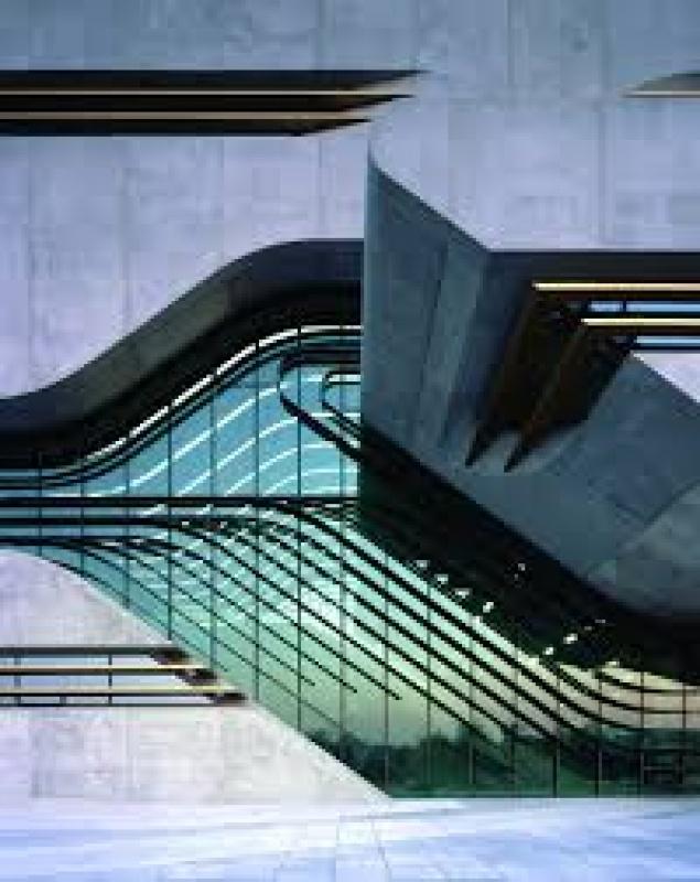 lumière - bâtiment de Zaha Hadid