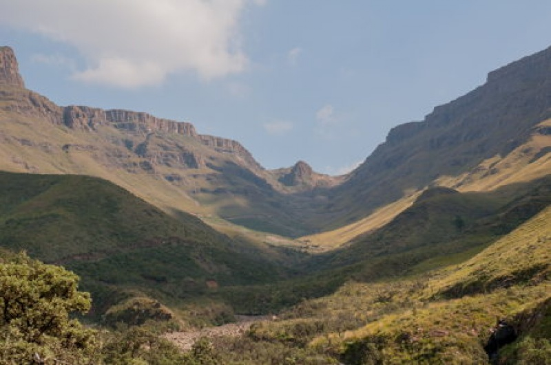 Paysage vallonné entre l'Afrique du Sud et le Lesotho