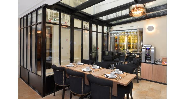 Petit déjeuner - Paris - l'hôtel le 18