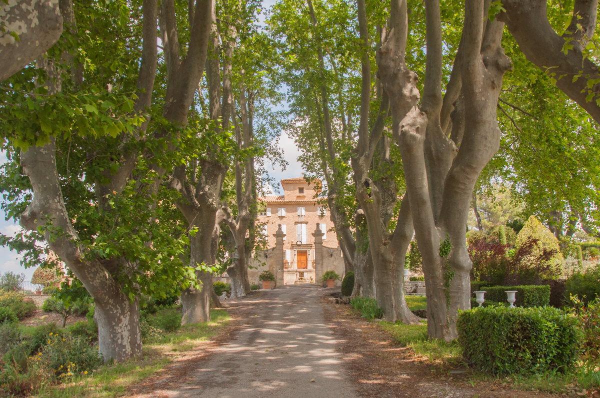 Le château Pesquier en Vaucluse