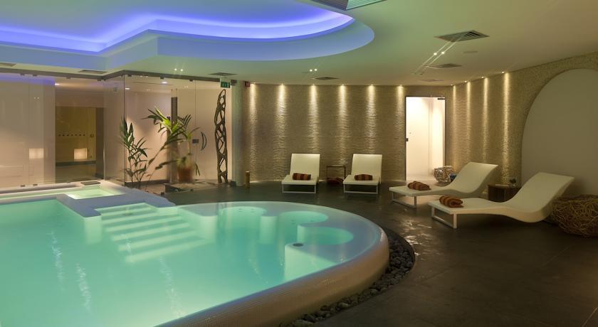 Spa du Therasia Resort Sea & Spa