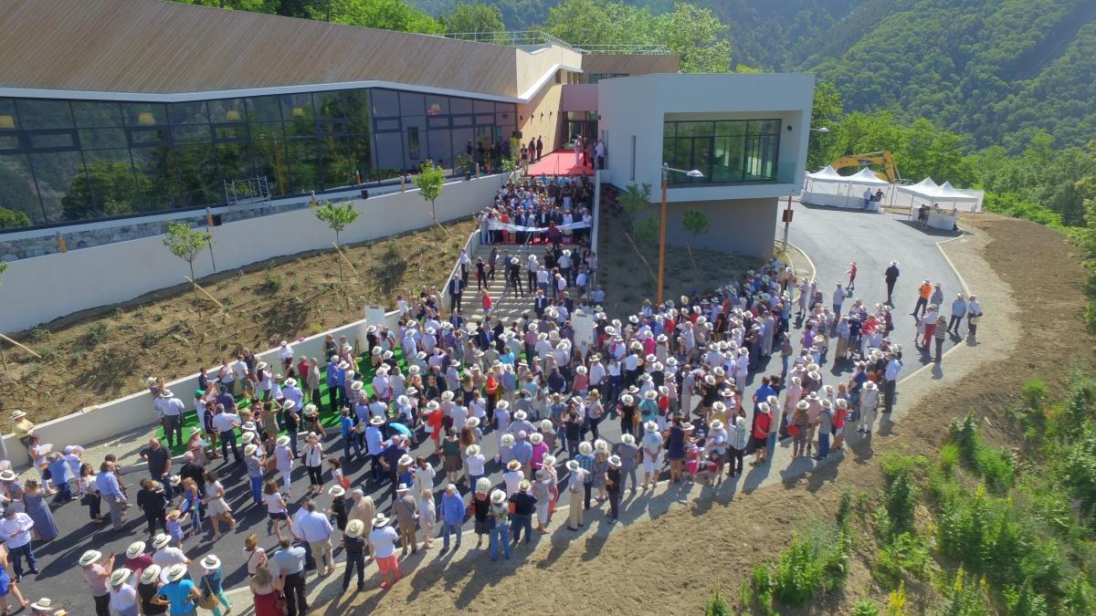 Beaucoup de monde - inauguration de la vallée de la vésubie