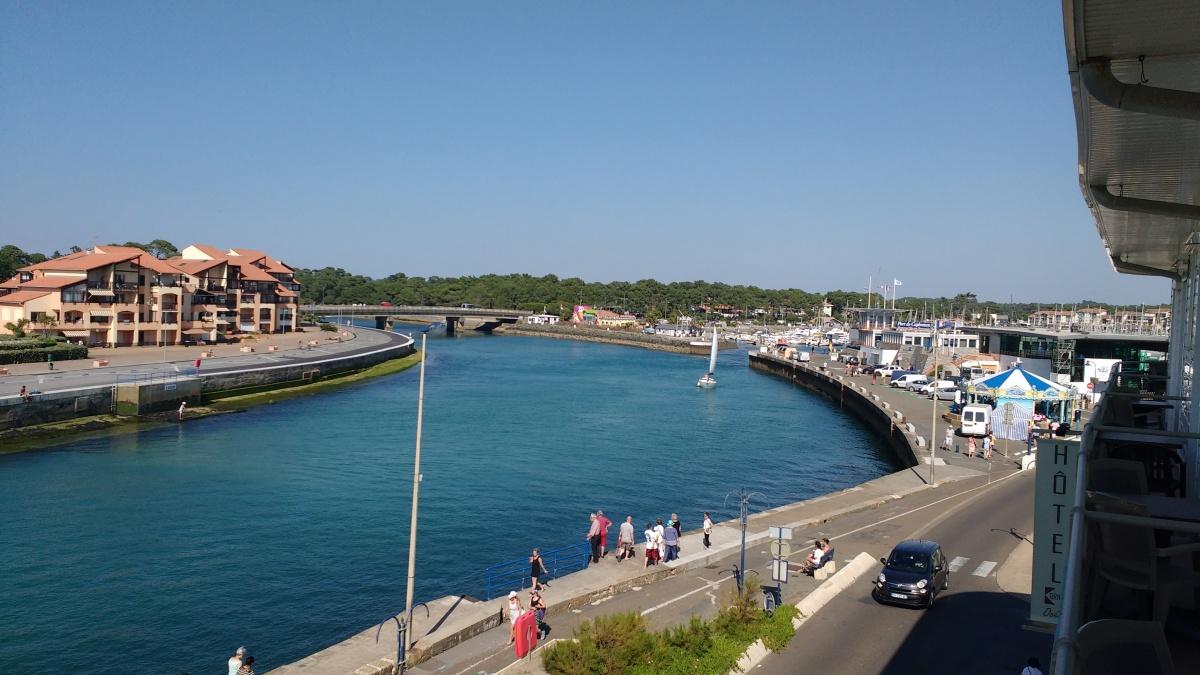Vue sur l'entrée du port - Capbreton